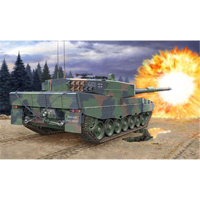 1:35 Leopard 2A4/A4NL, Revell 03193
